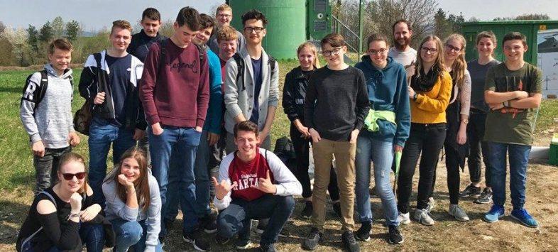 Windpower-GmbH-Mittelschule-Obrerroning-WEA-Rgb-Foto-Michael-Kindsmüller
